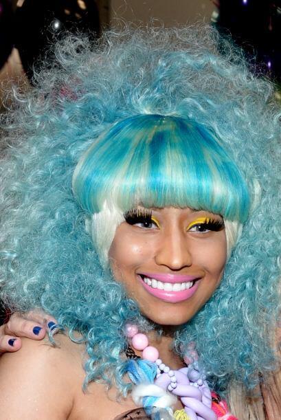 Minaj tiene pelucas de todo tipo de colores, texturas y no dudamos que ¡...