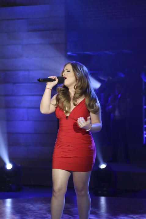Las presentaciones de La Reina de la Canción en fotos