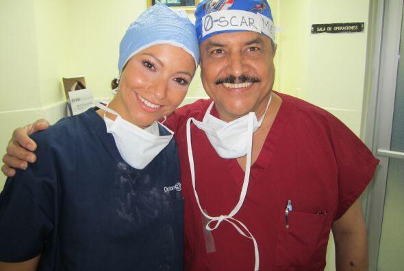 El dedicado equipo de Operación Sonrisa consiste de 37 médicos voluntari...