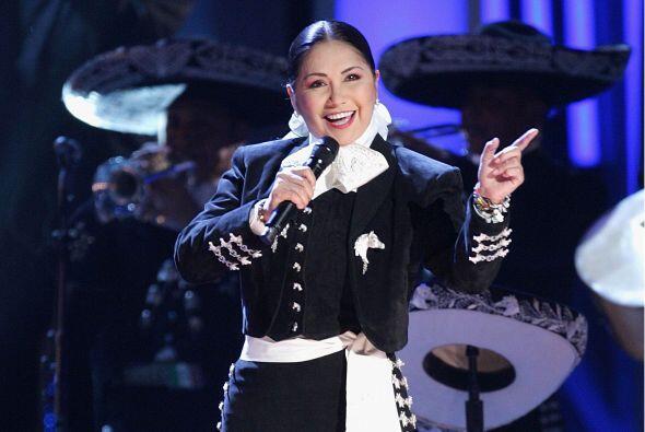 Ana Gabriel es una de las cantantes más importantes de la música latina,...