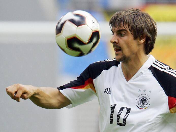 Sebastian Deisler figuraba como un crack en potencia de Alemania, pero e...