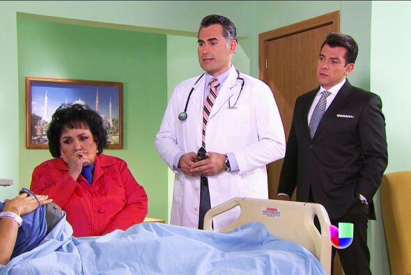 No te sientas sola Isabela, tu mamá y Fernando están junto a ti. ¡Trajis...