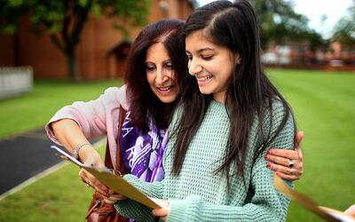 El coordinador de padres puede ayudar a conectarlo con la escuela de su...
