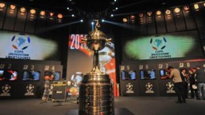 Con doce equipos de once países arranca este martes la primera fase de l...