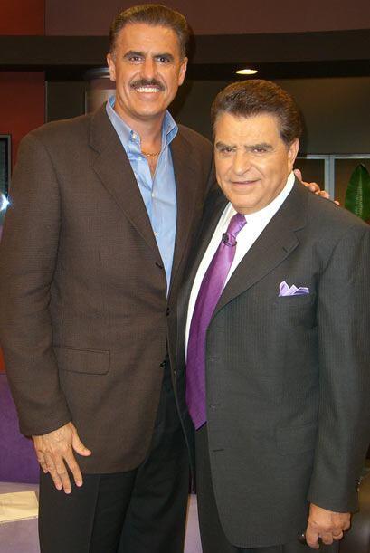 Ron Magill, zoologo del Metrozoo de Miami también visitó a...