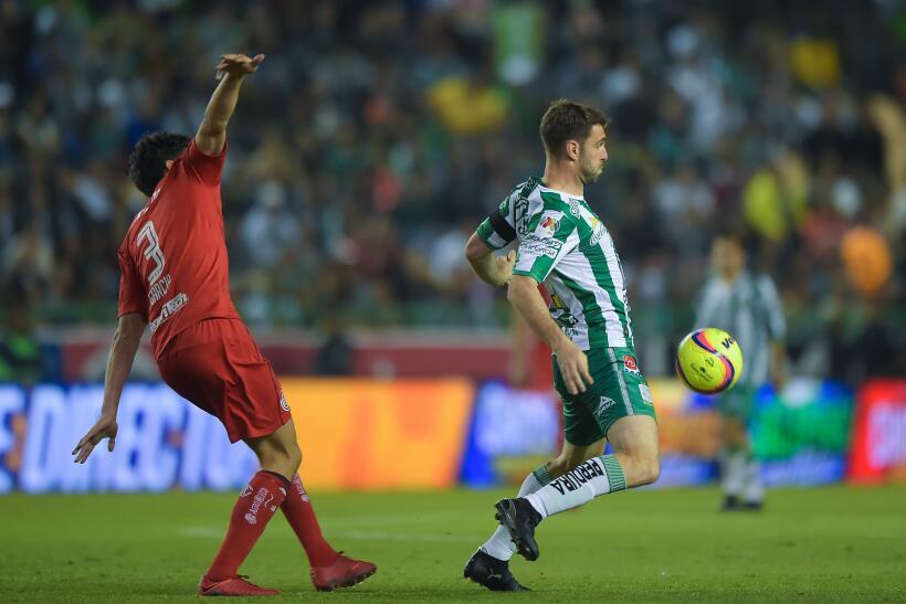 León ruge con fuerza y es líder al derrotar a Toluca 20180113-2770.jpg