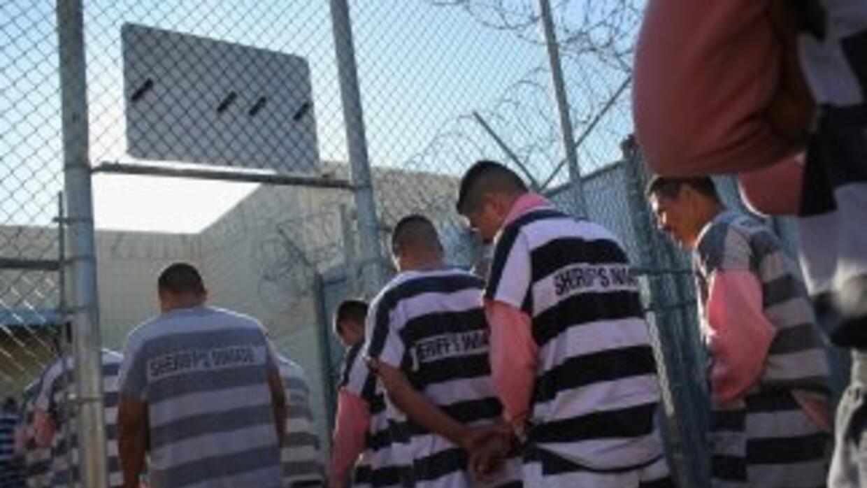 Las cárceles del Condado Maricopa, cuenta con cerca de 65 mil reos, entr...