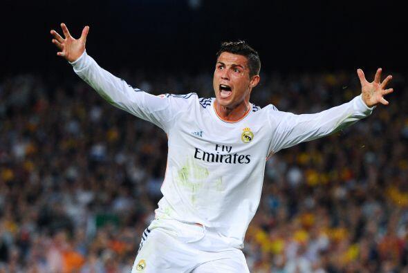 Cristiano no podía creer que no hubiesen pitado el penalti.