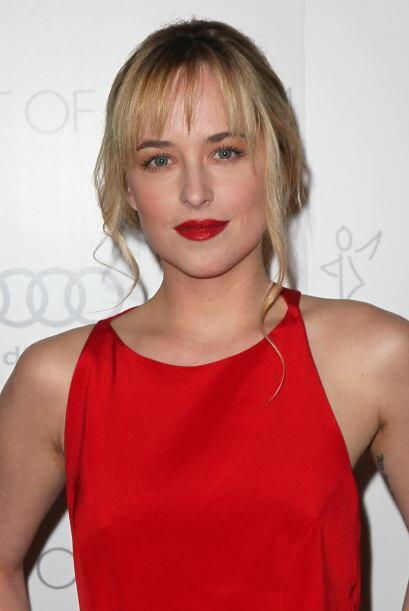 49. DAKOTA JOHNSON La hija de Don Johnson y Melanie Griffith fue la eleg...