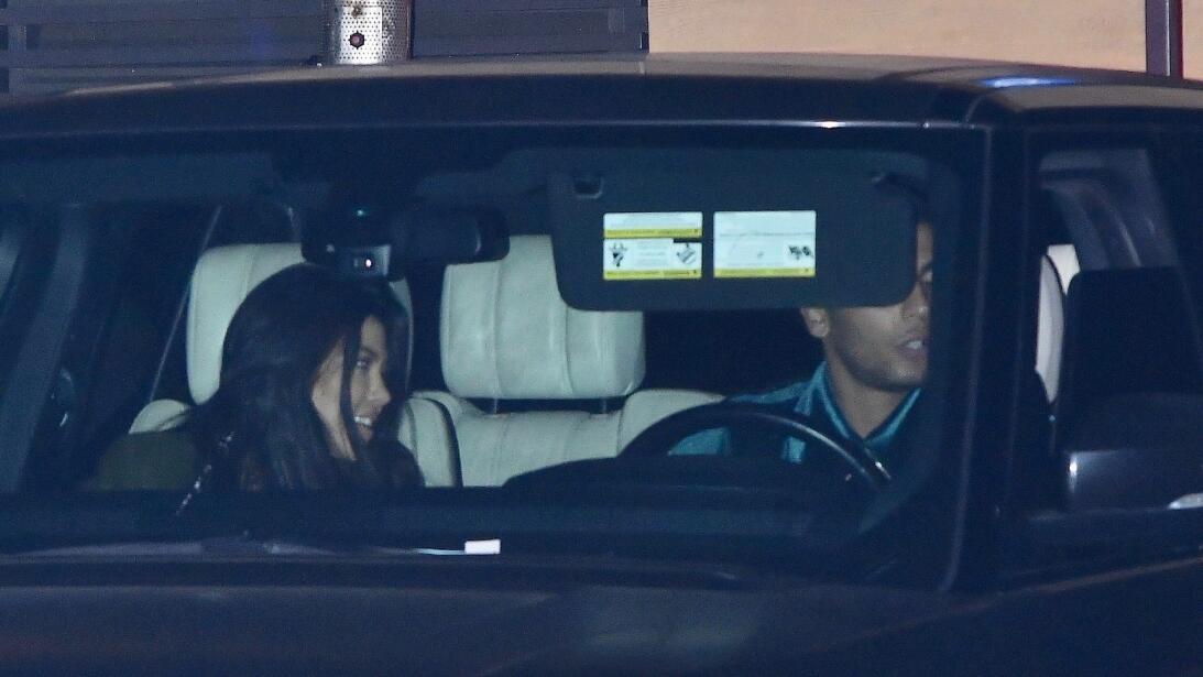 Los formidables carros del clan Kardashian-Jenner bkg-kyen180206-004.jpg