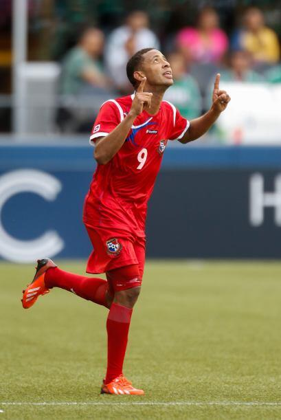 Gabriel Torres marcó el único gol del partido con el que Panamá consigui...