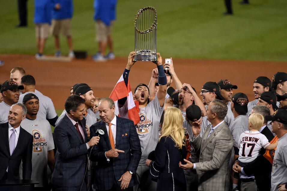 Astros, campeón de la Serie Mundial 2017 | MLB gettyimages-869205002.jpg