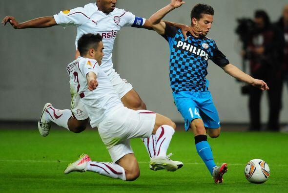 El PSV quería un triunfo más en la Liga Europa y se metió a casa del Rap...
