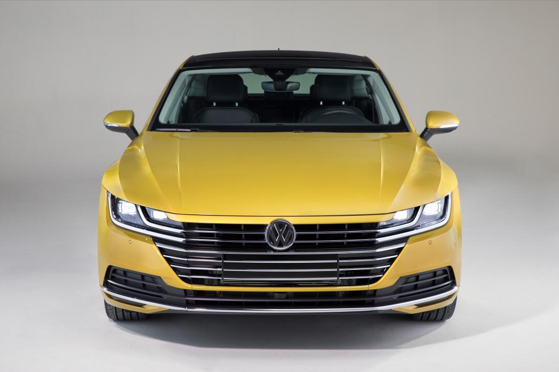 Este es el nuevo Volkswagen Arteon 2019 en imágenes 180204-vw-arteon-060...