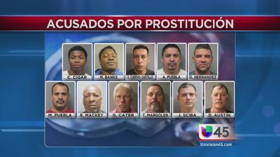 Operativo anti prostitución deja 12 arrestados