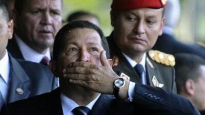 Hugo Chávez pidió a los venezolanos su confianza para invertir en la com...