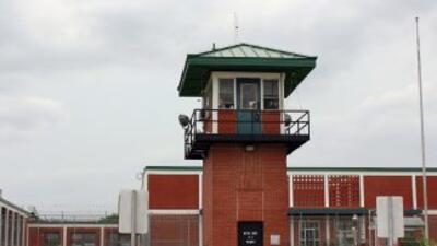 Extranjeros esperan en el corredor de la muerte en Estados Unidos.
