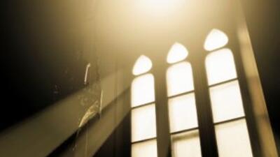 La Iglesia retiró al cura mexicano de su cargo.