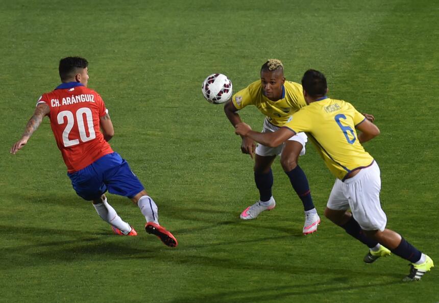 Chile gana a Ecuador en Copa América