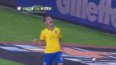 Philippe Coutinho se quita a toda la zaga de México y marca el 1-0 de Br...