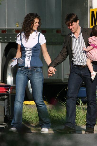 Katie Holmes pidió la custodia exclusiva de Suri Cruise, su hija, y una...