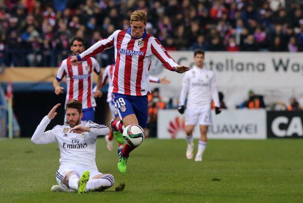 Fernando el 'Niño' Torres regresó al Vicente Calderón que se le entregó...