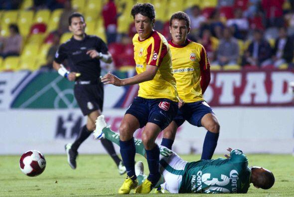 """Detrás del ahora futbolista de Monarcas está Fernando Salazar. El """"Pollo..."""