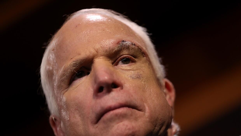 El senador republicano John McCain anunció en julio que tras una operaci...