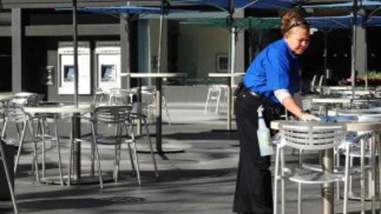 Los inmigrantes siguen siguendo una importante fuerza laboral en Estados...