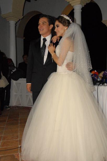 Aunque la boda religiosa tuvo que esperar poco más de un año, realmente...