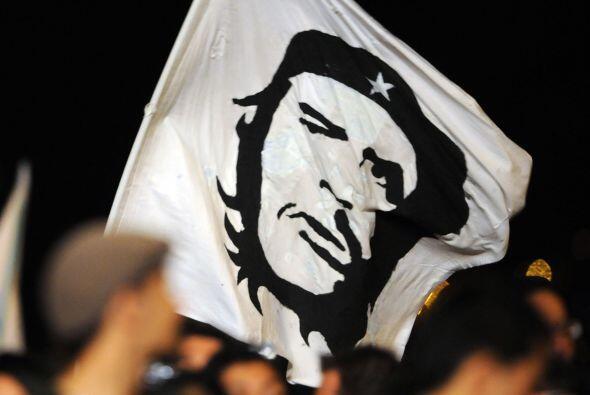 La vida del líder revolucionario Ernesto 'El Ché' Guevara será plasmada...
