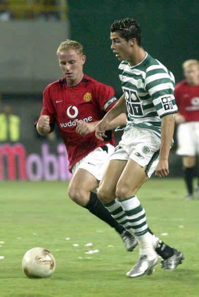 En esa misma temporada 2002-2003 Ronaldo se afianzó como titular en el e...