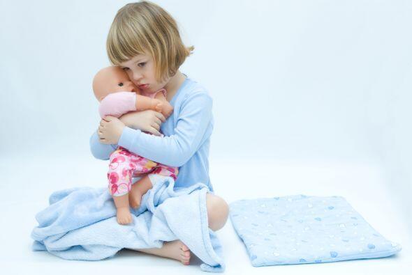 """Déjala enseñarle a su muñeca. Regálale una que pueda ir al baño """"de verd..."""