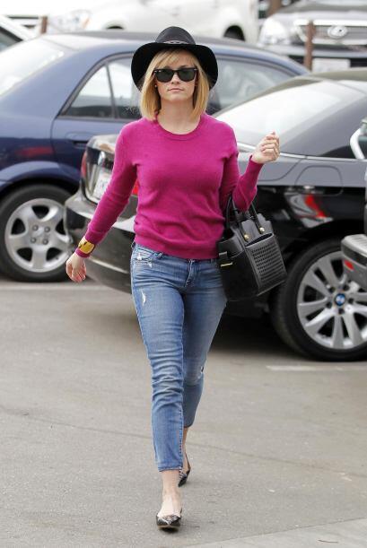 ¡Cerramos esta semana con todo el estilo que Reese Witherspoon nos enseñ...