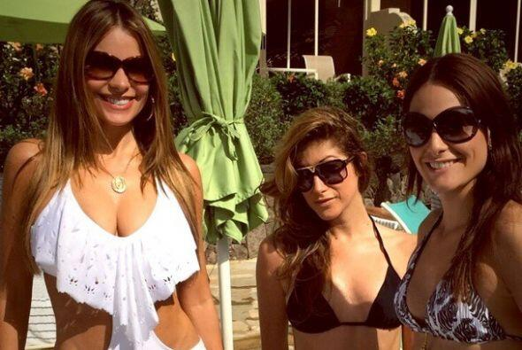¿Cuál frío? Además se ve que Sofía disfrutó al máximo del calor de Hawai...