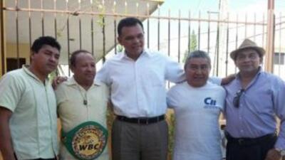 Miguel Canto recibió reconocimiento a 40 años de convertirse en campeón...