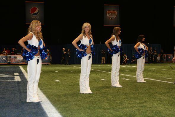 Espectacular cuarteto de porristas de los Colts.