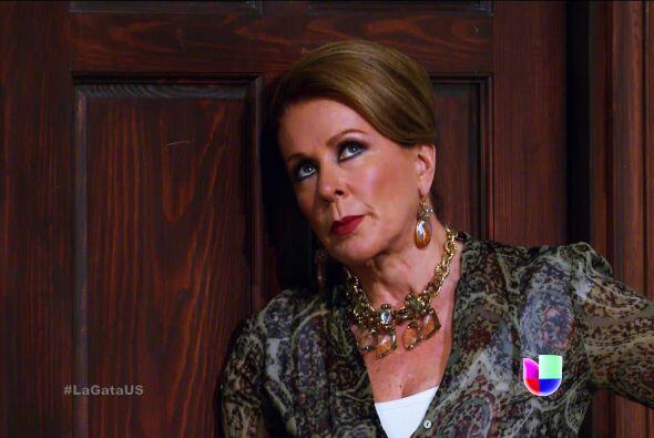 ¿Qué hará ahora doña Lorenza? Se va a quedar solita.