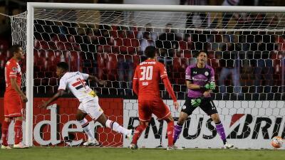 Toluca es humillado con goleada de Sao Paulo en la ida de octavos de final