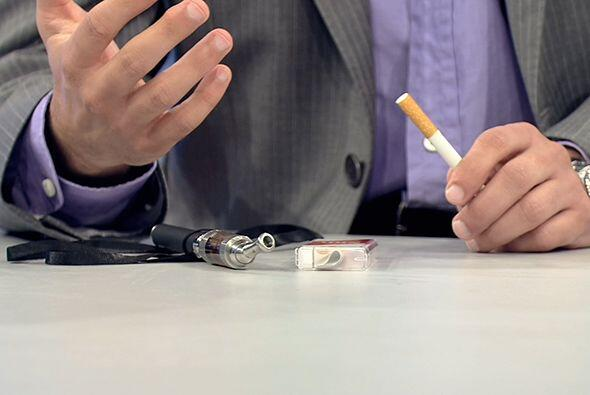 Asma y tabaquismo son padecimientos que, aunque diferentes en síntomas y...