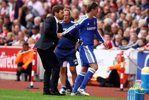 Sin embargo, Villas-Boas saludó a su jugador, a quien quiere ayudar para...