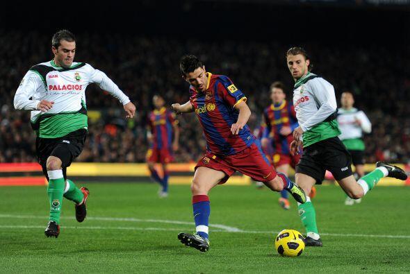 David Villa se movió por todo el frente de ataque y buscó su chance de l...