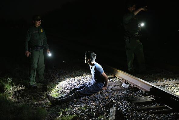 Además, el Departamento de Seguridad Pública de Texas ha enviado más hom...
