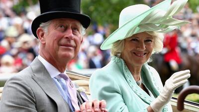 Camila, la duquesa de Cornualles, se casó con el príncipe Carlos en el 2...