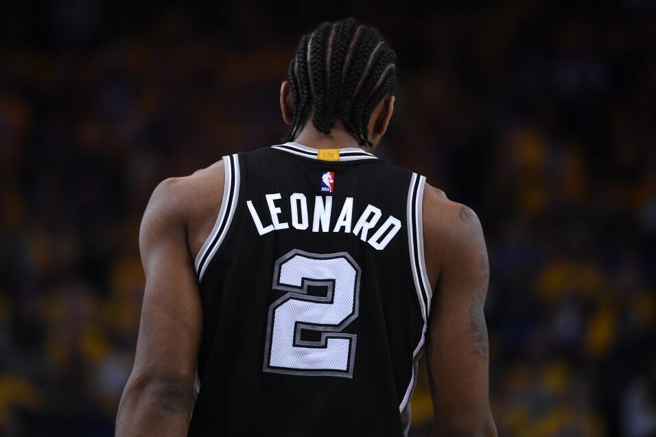 6- Kawhi Leonard, número 2, San Antonio Spurs   Estadísticas 2016-201727...