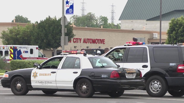 Arrestan a un agente de Los Ángeles acusado de conducta inapropiada con...