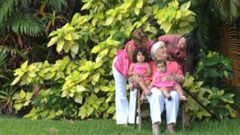 Karla Martinez y su familia