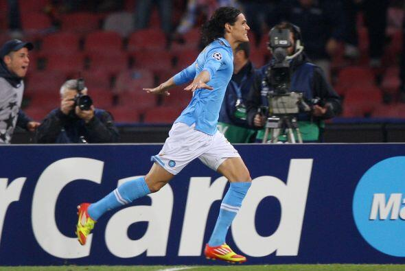 El uruguayo Edinson Cavani tuvo un excelente partido y ponía en ventaja...