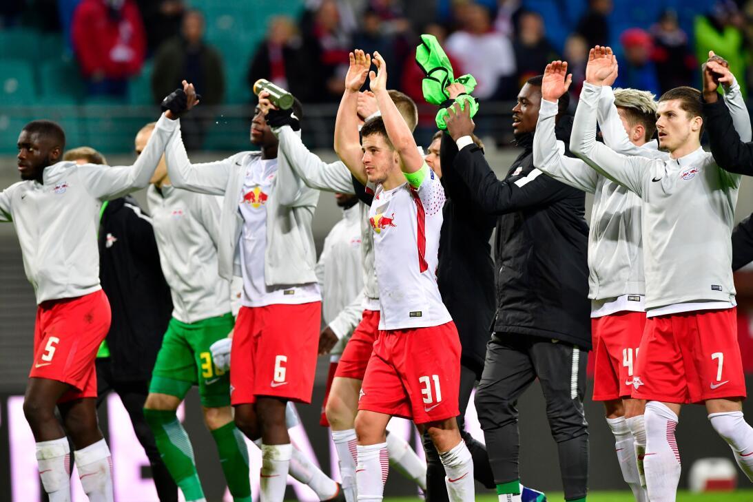 Con este triunfo, aunque corto, los alemanes deben jugarse la vida en Fr...