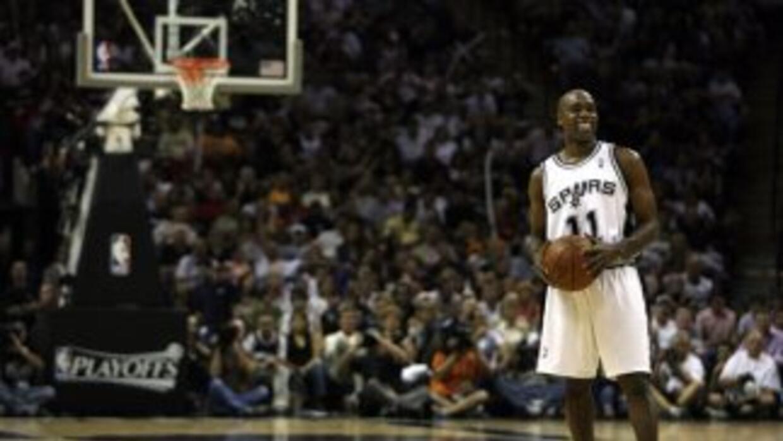 Vaughn regresa con Spurs.